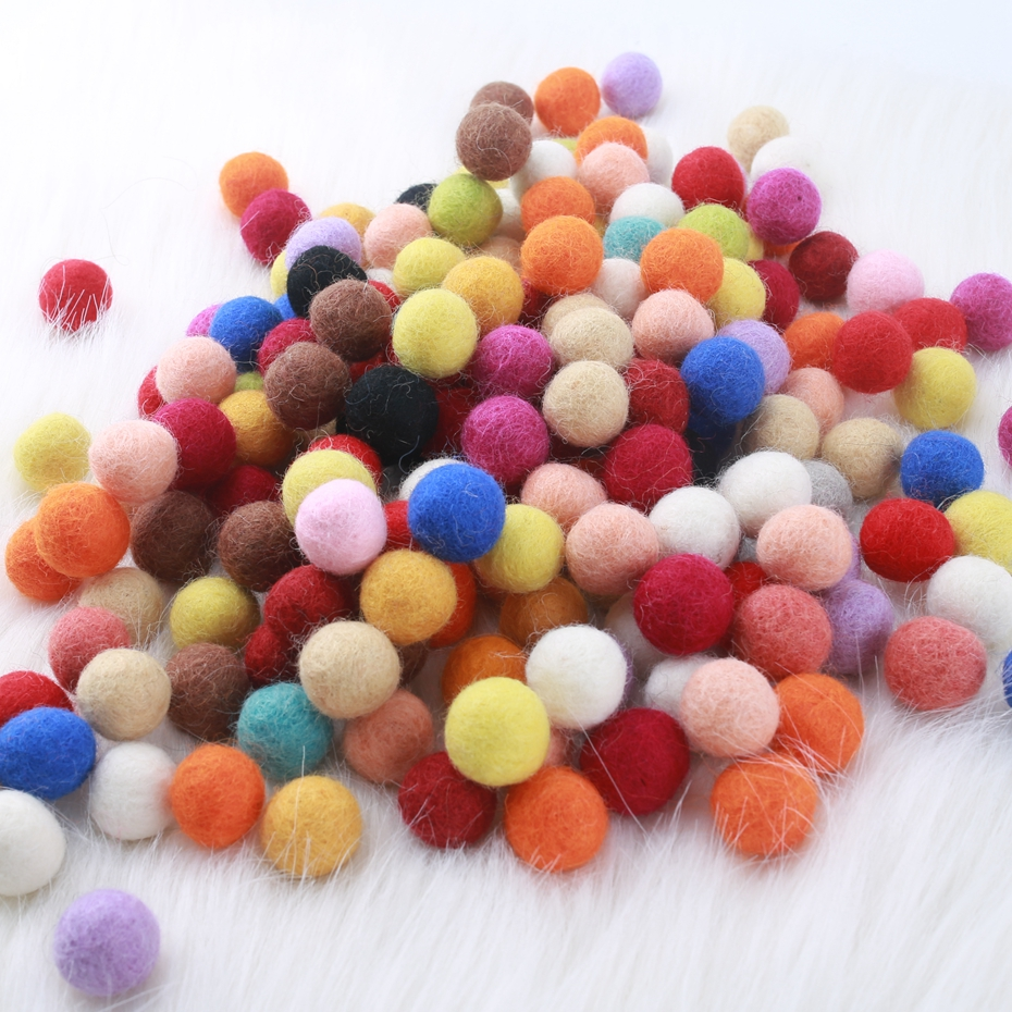 Humor 20pcs 2cm Wool Felt Balls Newborn Photography Props Round For Baby Girls Diy Room Party Decoration Welding Equipment