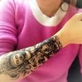 2 UNID Muerte Negro Brazo Tatuajes Temporales Del Tatuaje de Los Hombres 21*15 cm Bodhisattva Impermeable Fake Manga Del Brazo Del Tatuaje Temporal etiqueta