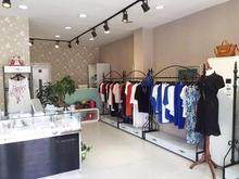 Tieyi clothing rack store display