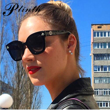 PLINTH Retro Square Bee Sunglasses Women Brand Designer 2019 New Classic Oval Ladies Vintage Big Black Frame Glasses