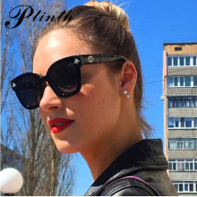 PLINTH Retro Square Bee Sunglasses Women Brand Designer 2019