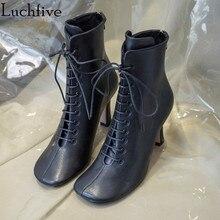 a210236473d Neueste schwarz weiß echtes leder Kurze Stiefel high heels runway design  knöchel stiefel für frauen round toe lace up winter sch.