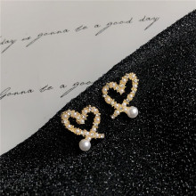 Fashion Irregular Heart Pearl Earrings Sweet Rhinestones Stud For Women Jewelry Accessories Wedding Bohemian Bijoux