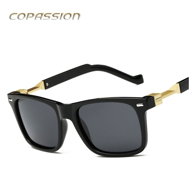 a4852efa33 2017 New Fashion women sunglasses men polarized fishing glasses Brand  Designer for Women Luxury Superstar Vintage