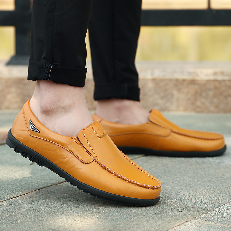 HTB1faFsavvsK1RjSspdq6AZepXaO Genuine Leather Men Casual Shoes Luxury Brand Mens Loafers Moccasins Breathable Slip on Black Driving Shoes Plus Size 37-47