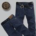 Nuevo 2016 Famous Brand Jeans Hombres Jeans de Mezclilla de Algodón de Alta Calidad Luz Lavada Delgada Vaqueros Rectos Ocasionales más Tamaño: 28 ~ 38