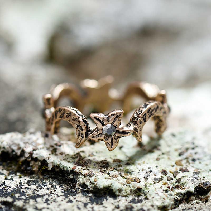 2017 New Arrival Vintage Alloy แหวนผู้หญิงแฟชั่นเครื่องประดับโบราณ Gold Star Moon แหวนนิ้ว Retro เครื่องประดับของขวัญ