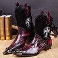 2 Cores de Outono e inverno personalidade rebite botas masculinas apontou dedo do pé homens martin botas de couro cheia de grãos botas meados de bezerro para homens