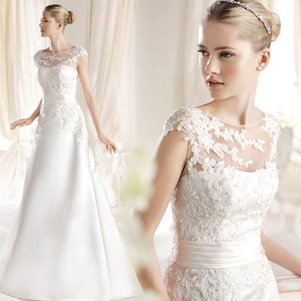 Weiß / Elfenbein Hochzeitskleid 2017 Süße Prinzessin Stickerei Spitze Zug Hochzeitskleid Braut Gute Qualität Plus Size Verbandkleider