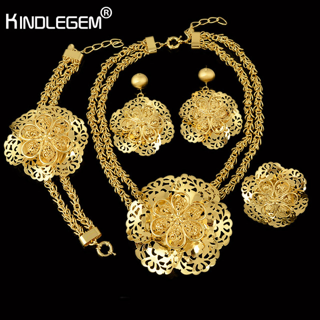 d8b3fc51f4c Kindlegem New Fashion Big African Beads Jewelry Set Exquisite Carved Dubai  Gold Color Jewelry Set Nigerian