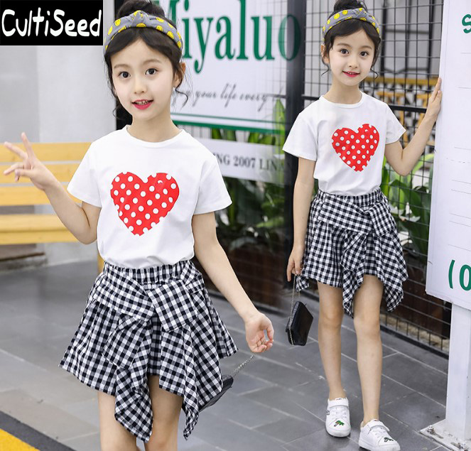2019 Girls Summer Dress Sets Clothing Children Red Love Heart Printing Tops+Plaid Dress Sets Students Casual 2PCS Suits Clothes2019 Girls Summer Dress Sets Clothing Children Red Love Heart Printing Tops+Plaid Dress Sets Students Casual 2PCS Suits Clothes