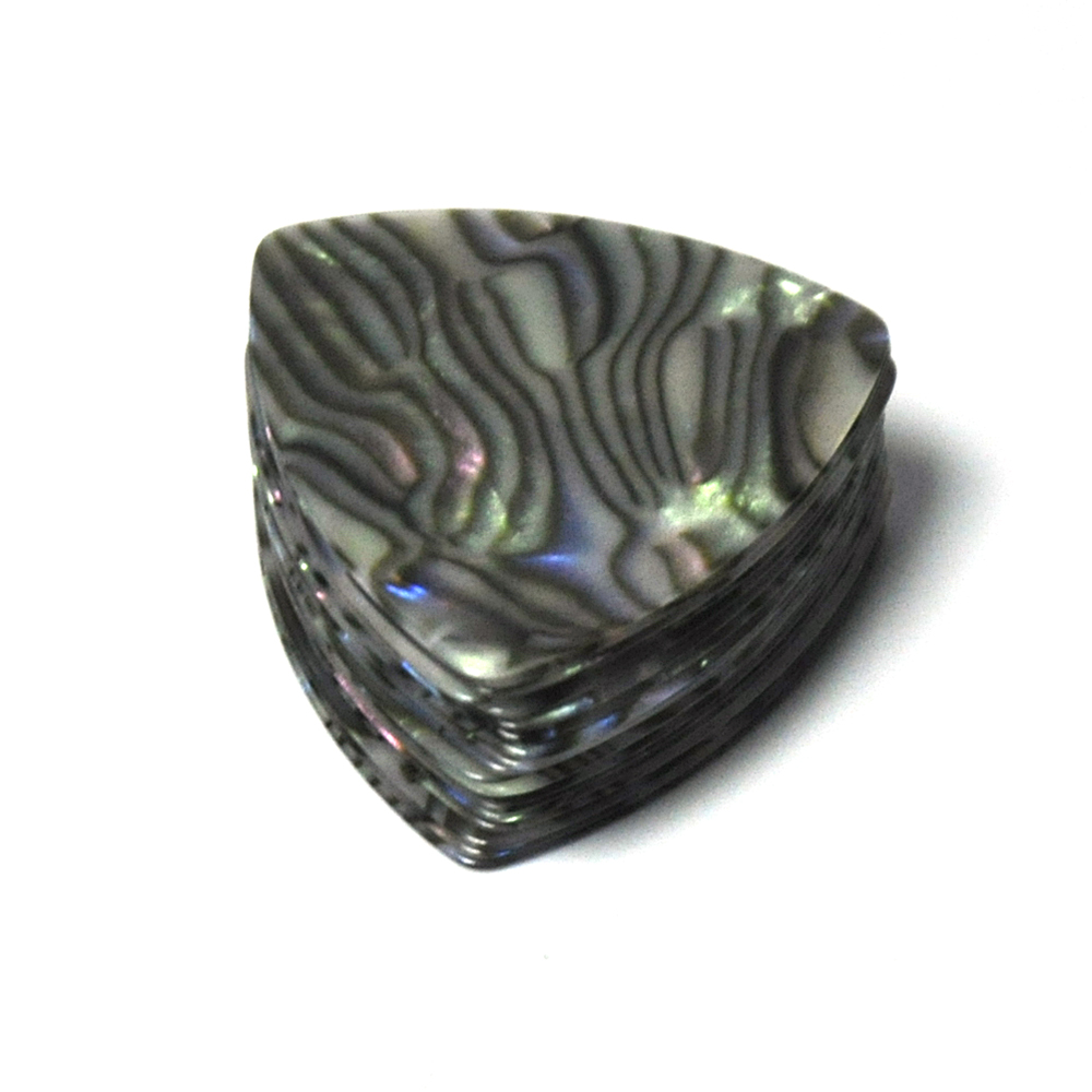 Купить с кэшбэком Lots of 100 pcs Rounded Triangle Big Size Medium 0.71mm Celluloid Guitar Picks Abalone Sea Shell