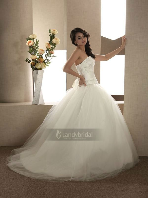 Amazing Ball Gown Tulle Skirt Vignette - Images for wedding gown ...