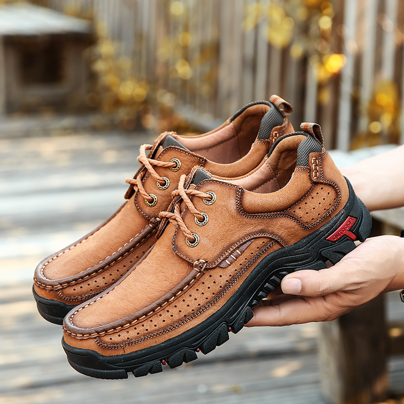 Men Sneakers Climbing Hiking Shoes Leather Waterproof Breathable Sneakers Men Hiking boots Anti skid Outdoor Lace