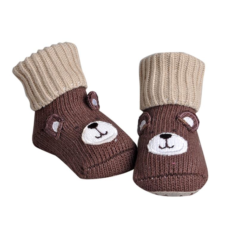 I primi camminatori Carattere del bambino appena nato Pattini simili Cartoncini per neonati Camicie per neonati Scarpe antiscivolo per bambini