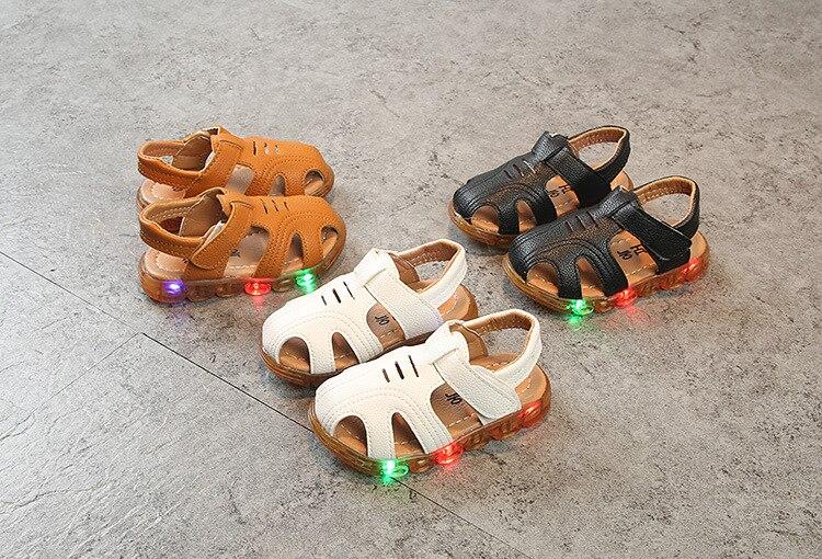 soft leather boys sandals LED lighting up luminous shoes summer jongens sandalen baby toddler kids soft shoes new fashion brand