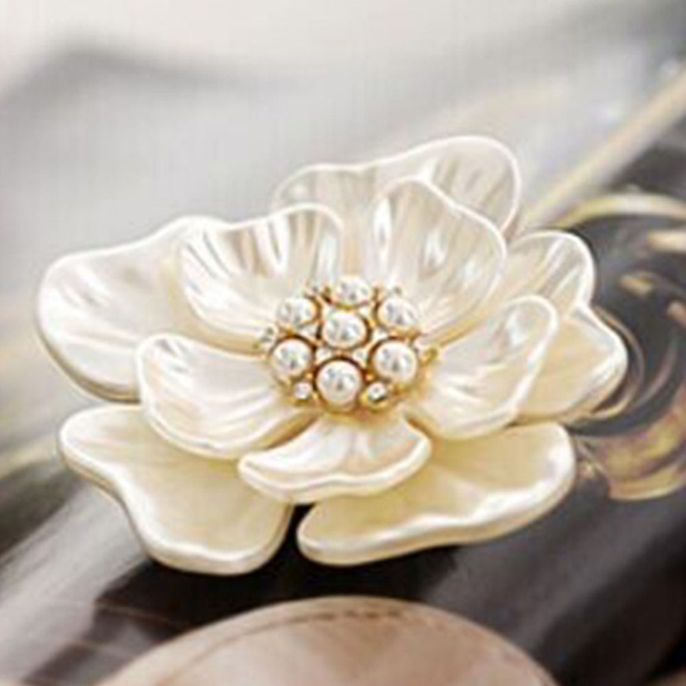 Hot Charm Flower Brooch Pin Fashion Shell Peony Corsage Pin Bridal Jewelry Cloth Scarf Pins Coat Sweater Dress Clips For Women