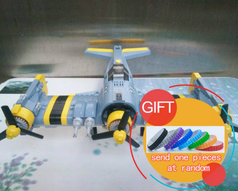 22021 572PCS Technical Series The Beautiful Science Fiction Fighting Aircraft Set Building Blocks Bricks Toys Model the ec archives incredible science fiction