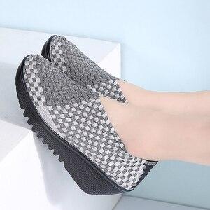 Image 5 - Stq 2020 Herfst Vrouwen Platform Sneakers Schoenen Vrouwen Geweven Platte Schoenen Dikke Hak Gladiator Sandalen Slip Op Platform Schoenen 866