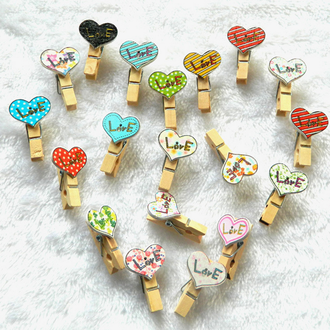 FangNymph 10Pcs/Pack Colorful Mini Printing Amor Wooden Clips Clothes Paper Photo Clips Craft Postcard Gift Clips(Color Random)