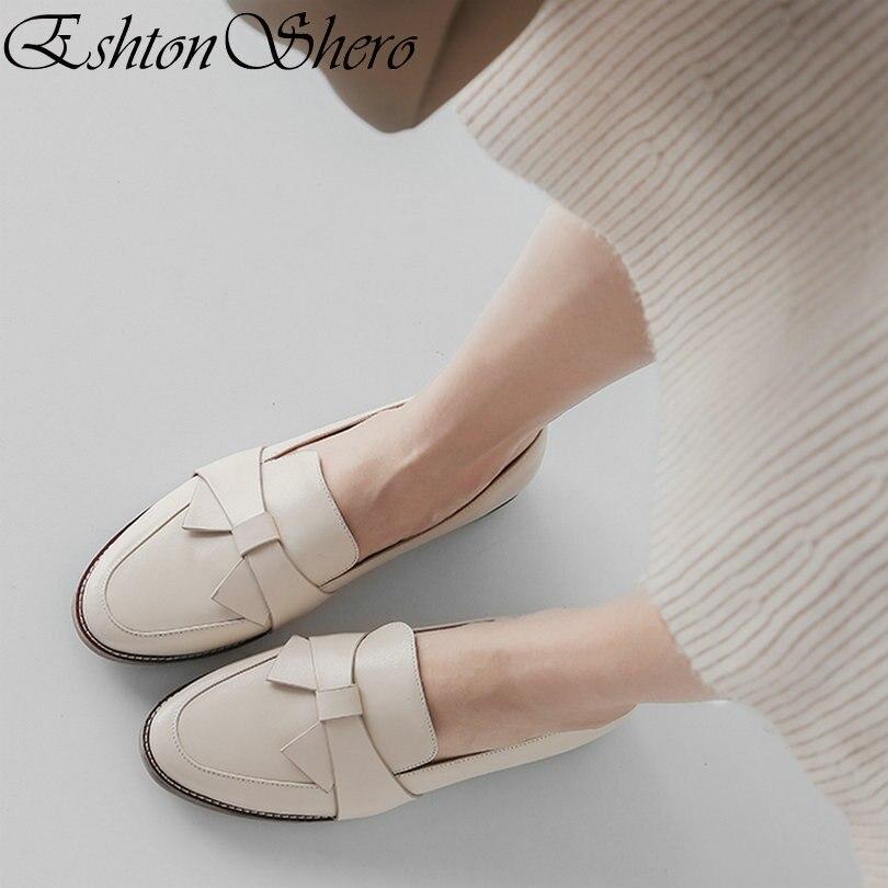 EshtonShero الربيع أحذية نسائية الشقق امرأة جلد + بو الكعب المسطح جولة اصبع القدم فراشة عقدة المشمش السيدات حذاء كاجوال حجم 3  9-في أحذية نسائية مسطحة من أحذية على  مجموعة 1