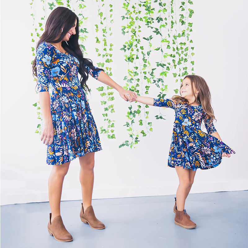 adsfay.com Mom-and-Daughter-Dress-Mommy-and-me-2019-Blue-Floral-Printed-Mini-Dress-Mother-Daughter-Dresses