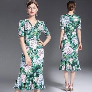 Image 2 - 2017 滑走路デザイナーの女性のセクシーな v ネックの花プリントシースボディコンセクシーなマーメイドカジュアルドレス vestidos