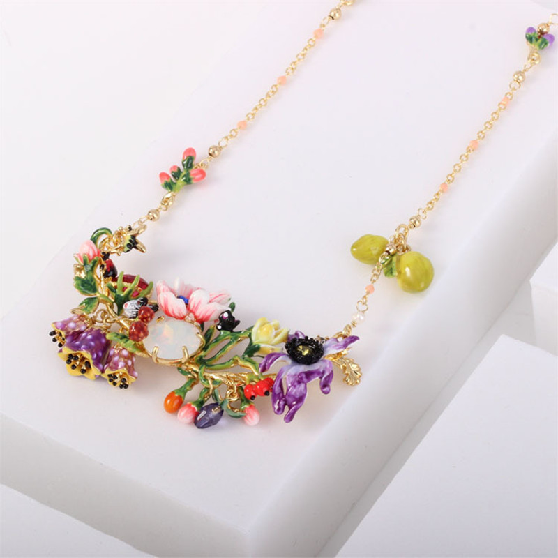 Warmhome Trendy Jewelry Enamel Glaze Copper Fashion Flower Plants Series Various Flower Gems Women Necklace цена