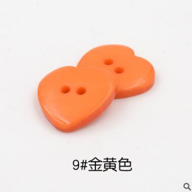 Красивые 1 лот = 100 шт полимерные кнопки в форме сердца 2 отверстия пластиковые кнопки Швейные аксессуары для одежды DIY для детской одежды кнопка мешок - Цвет: 9-gold yellow