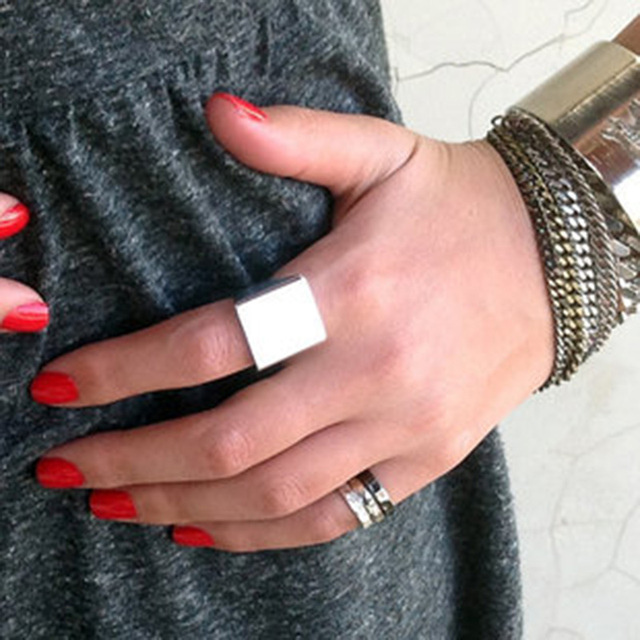 Stylish Wide Ring Women Punk Rock Simple Gold Silver Square Gift Finger Ring Fas