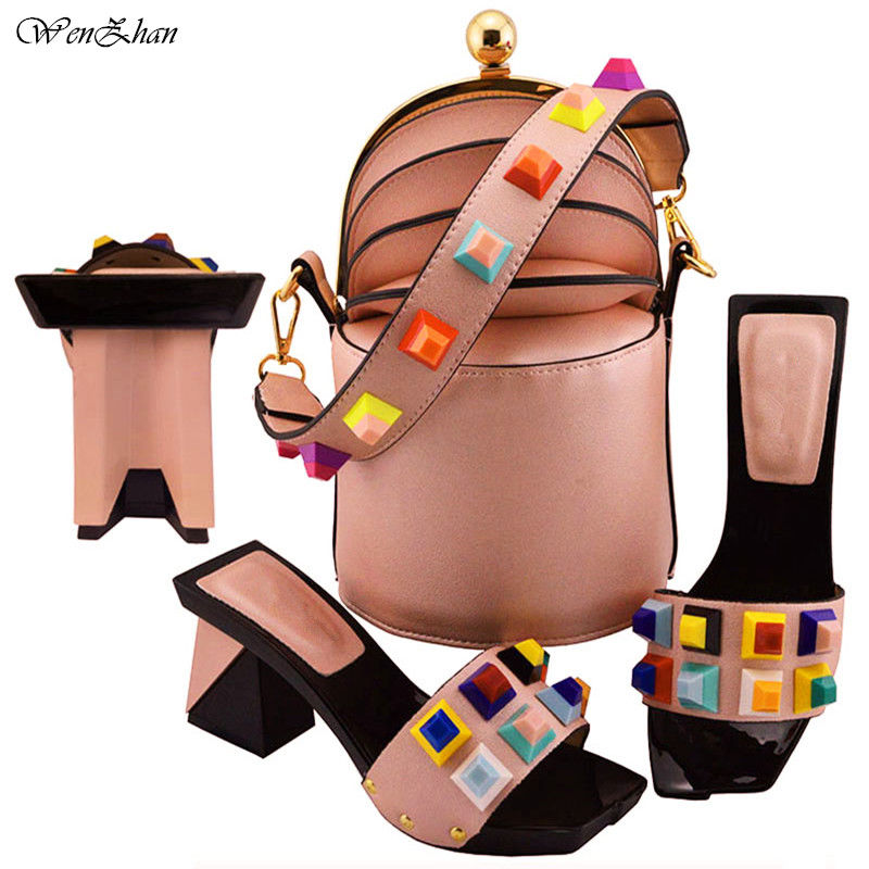اللون البرتقالي الايطالية الأحذية مع حقيبة مطابقة مجموعة أزياء النساء مضخات 8 سنتيمتر الأحذية والحقائب مجموعة للحزب 38  43 B811 24-في أحذية نسائية من أحذية على  مجموعة 2