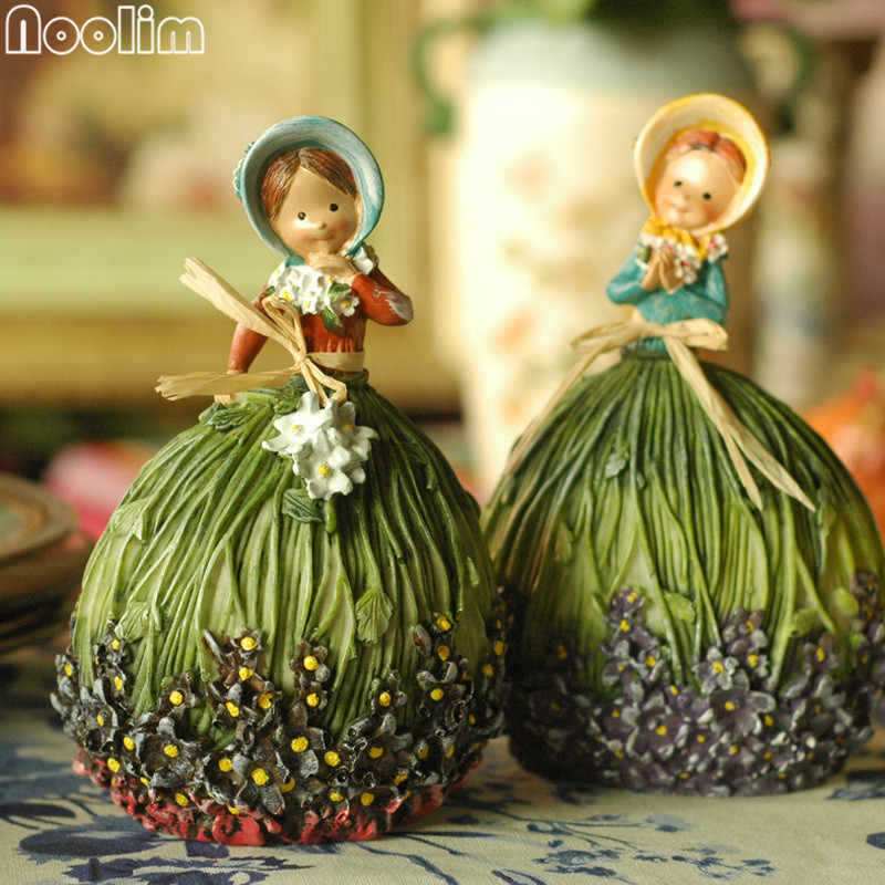NOOLIM 2Pcs/set Miniature Fairy Figurines Garden Decoration Kawaii Resin Figurines Girl Craft Free Shipping