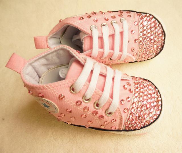 Personalizado rosa impressionante rhinestone cristal Baby menina crianças calçado desportivo handmade Bling diamante primeiros sapatos infantis Walker