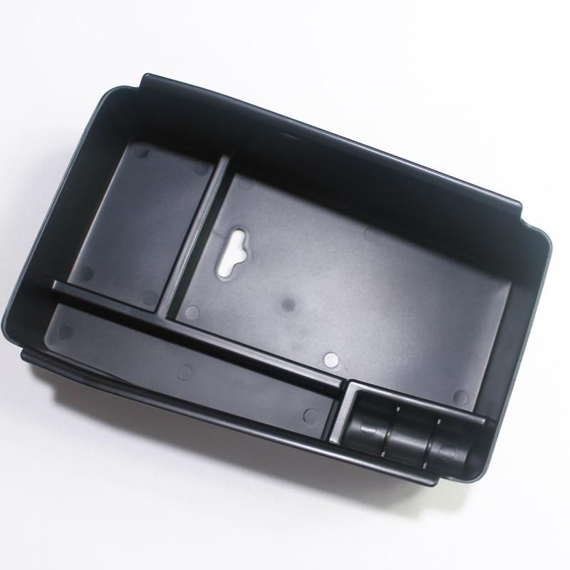 2014 Maserati Quattroporte Interior: Interior Central Console Storage Glove Box Container For