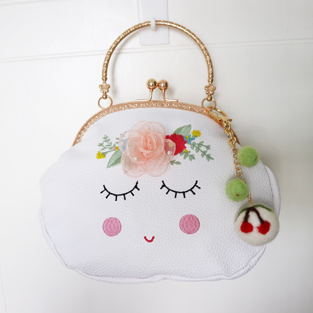 2017 New Arrival Lady Close Eye Diamonds Mori Frame PU Chain Embroidery Appliques Flower Wool Felt Women Messenger Shoulder Bag