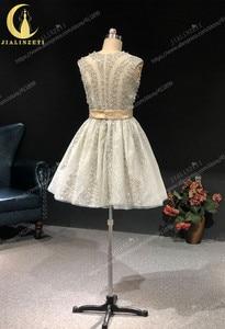 Image 3 - הריין אמיתי תמונות גריי חרוזים קריסטל סקסי סירת צוואר אופנה מפלגת שמלות שמלות נשף 2019