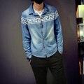 Bordado boutique de alta calidad patrones geométricos camisa de mezclilla Nueva 2016 Otoño estilo Coreano de gran tamaño ocio hombres camiseta M-5XL