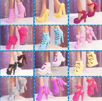 Бесплатная доставка, 50 пар/лот винтажная Мода Принцесса каблук смешанные цвета обувь аксессуары для куклы Барби