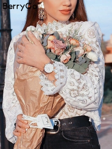 Image 5 - BerryGo เสื้อลูกไม้ Hollow OUT ผู้หญิงเสื้อเซ็กซี่เย็บปักถักร้อยแขนสั้นสีขาวเสื้อฤดูร้อน Retro