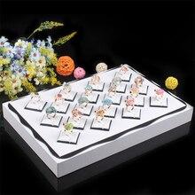 Envío Gratis Encaje Blanco Anillo Caja de Mariposas de Encaje Vitrinas Organizador Bandeja Caja Del Enrejado de Diamante 18 Muestra Cajas de Joyas