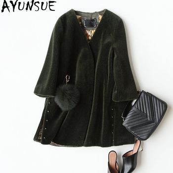 AYUNSUE 2019 Fashion Genuine Sheep Shearing Fur Coat Female Winter Jackets For Women Fox Fur Ball Real Fur Coats bontjas 17011