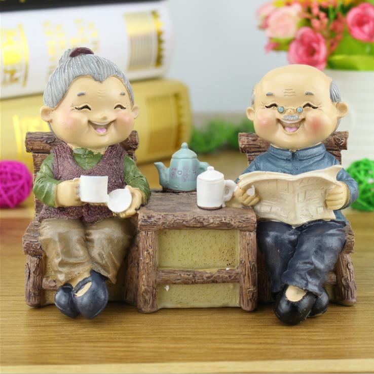 1set resin crafts old couple piggy bank creative home furnishings ornaments wedding gifts e638china