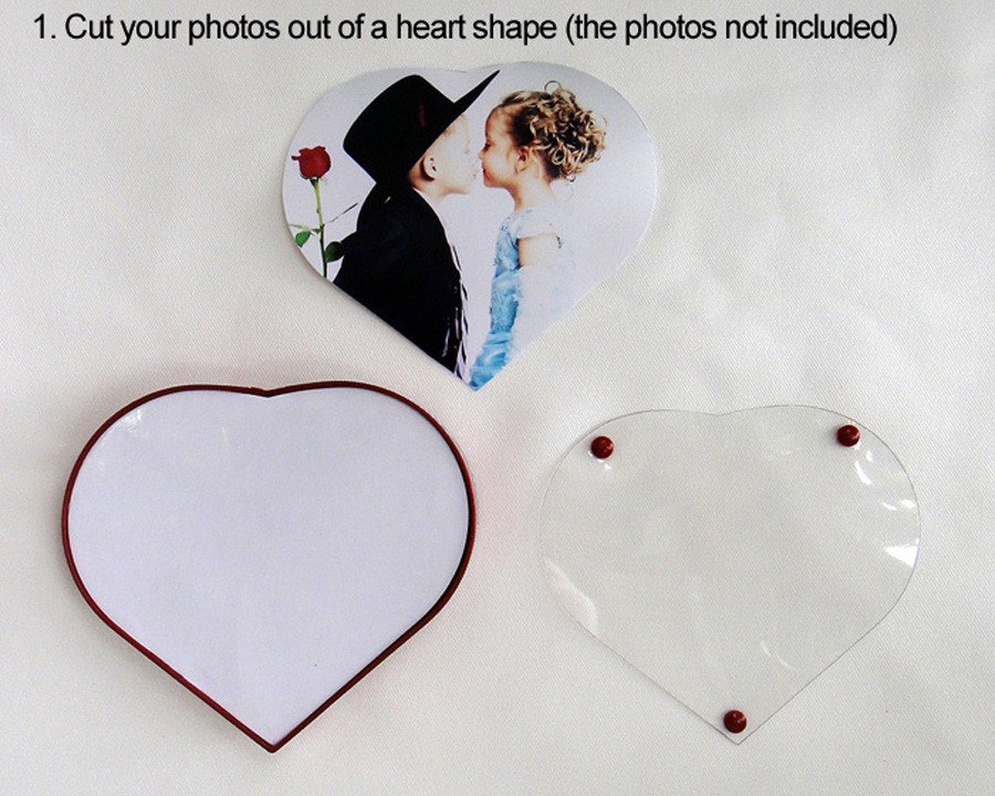 magnetic floating photo frame (20)