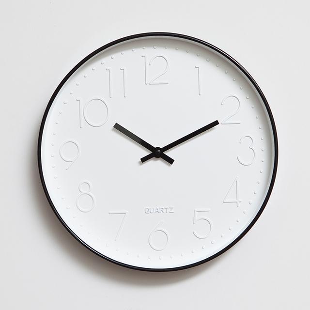 Wall clocks home decor with 12″ Circular single face clocks Acylic brief Arabic numerals mute quartz wall clock Home decoration