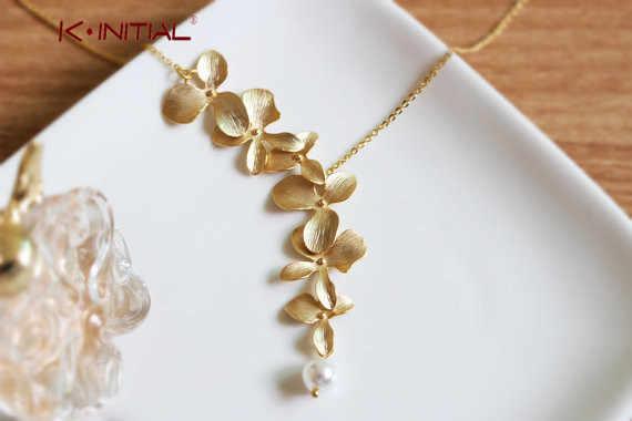 8fe78ed47410 Kinitial 1 unid nuevo elegante orquídea flor colgante oro plateado flor  collar encanto joyas para las