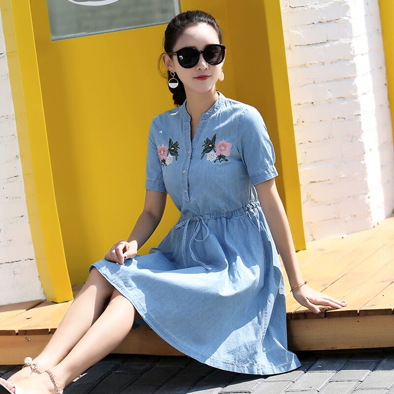 1fda54876a58 2018 Women Spring Summer Casual Dress Vintage Ladies Floral Embroidered  Short Sleeve Denim Knee Length Dress Vestido Female-in Dresses from Women s  Clothing ...