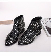 2017 Winter newest Women Short Boots punk style rivets studded Ankle Boots toe back zipper martin Booties Zapatos Mujer