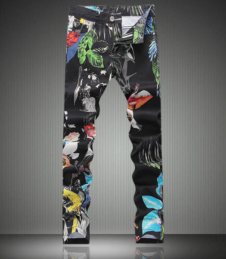 ФОТО   Fashion New  Graffiti Print Man Denim Trousers Fashion Coated Slim Jeans