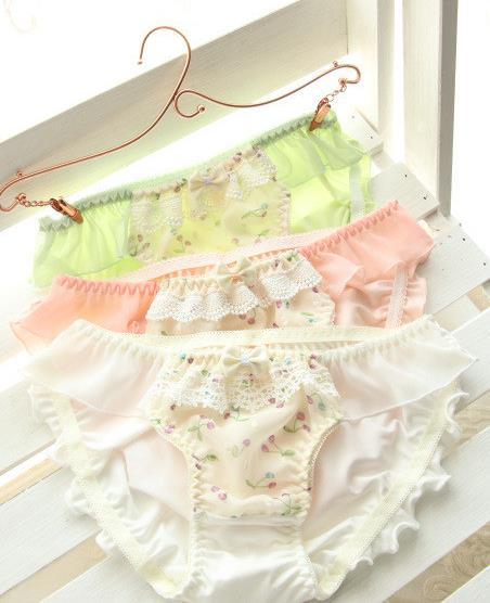 e1f7c5e202 milk silk embroidery lace waist briefs ondergoed dames slips calcinha fio  dental perizoma tangas women sexy