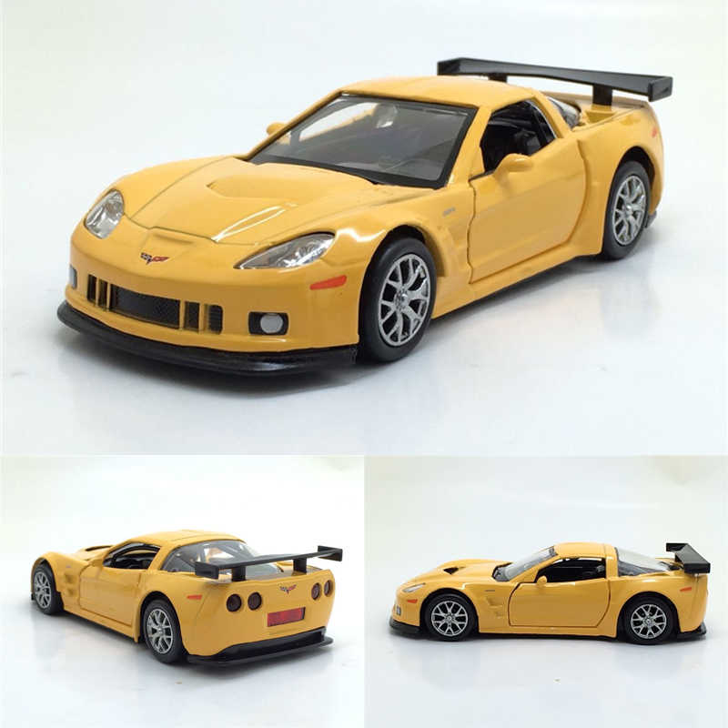 Hot 1/36 Scale USA Chevrolet Corvette Diecast Metal Car Model Toy With Pull Back For Kids Birthday Gift Collection